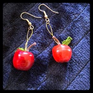 🍎 5/$25 Vintage 80s Red Apple Dangle Earrings